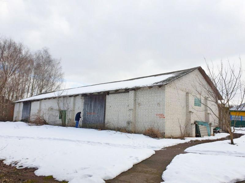 Продам здание под бизнес в Баклановой-Муравейке!