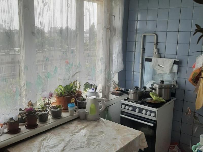 Двухкомнатная  квартира в Шевченковском районе, по ул. Дегтяревская,  44м2