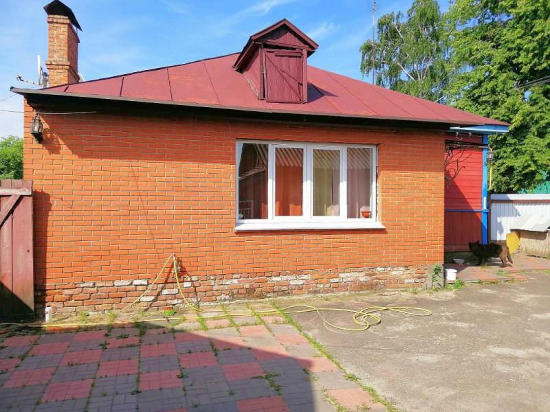 Продам дом в центре Щорса