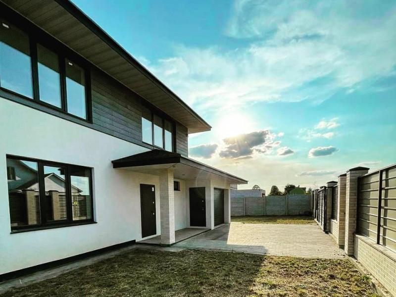 Продам новый дом High Tech Александровка